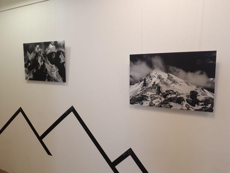 Remi Bienvenu est accompagnateur en montagne et photographe. Il expose actuellement et jusqu'au 31 mars ses photos à l'Office du Tourisme de Valberg.
