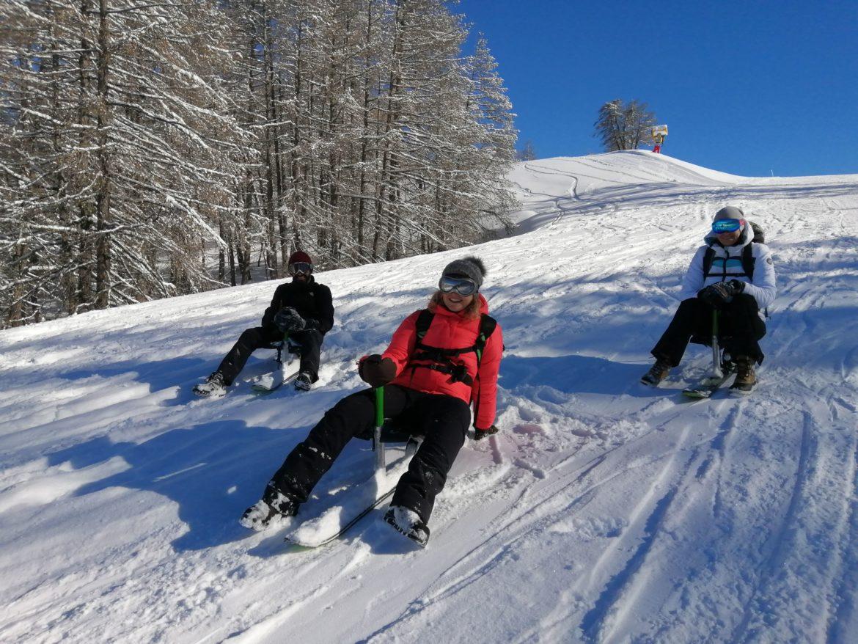 Olivier Malamaire, Directeur Général de SNOOC vient nous présenter cette nouvelle pratique de glisse. Il s'agit notamment pour le version touring de skis de randonnée qui se transforment pour la descente en luge sur un ski avec un siège.