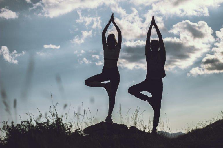 Sentier yoga à Valberg
